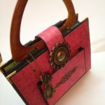 SCRAPBOOK ALBUM IN PURSE SHAPE