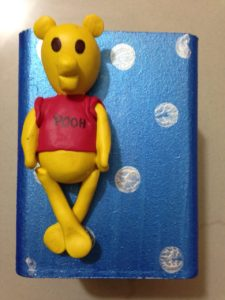 LAMASA CARTOON PEN STANDS FOR KIDS